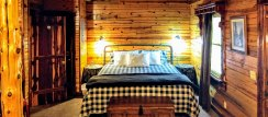 Eureka Springs Vacation Rental with Comfy Bed